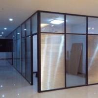 北京李遂安装玻璃隔断顺义区安装玻璃隔断
