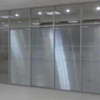 朝阳区安装玻璃隔断常营安装磨砂玻璃隔断厂家